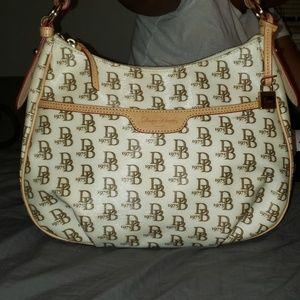 Dooney & Bourke 1975 White Shoulder Bag